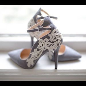Grey faux suede pumps with ivory lace Size 7